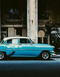 oldtimer-havana-kleur-staand